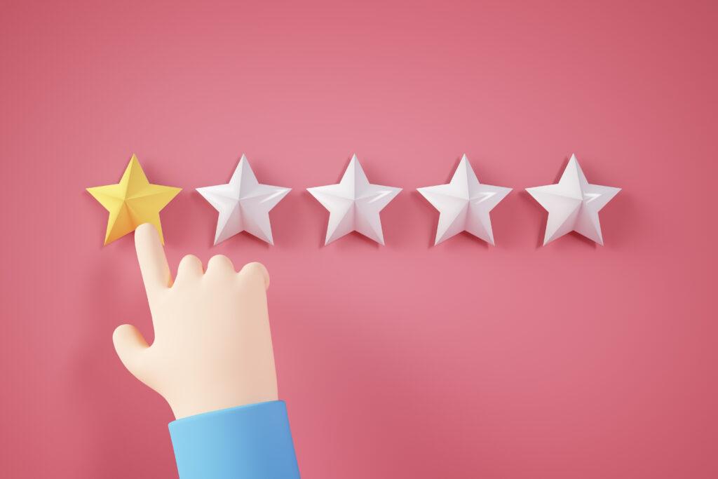 hand giving a bad review on TripAdvisor